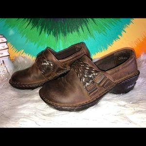 B.o.c women's shoes size 6.5
